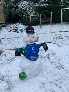 HSG2021 mE Schnee Challenge 1